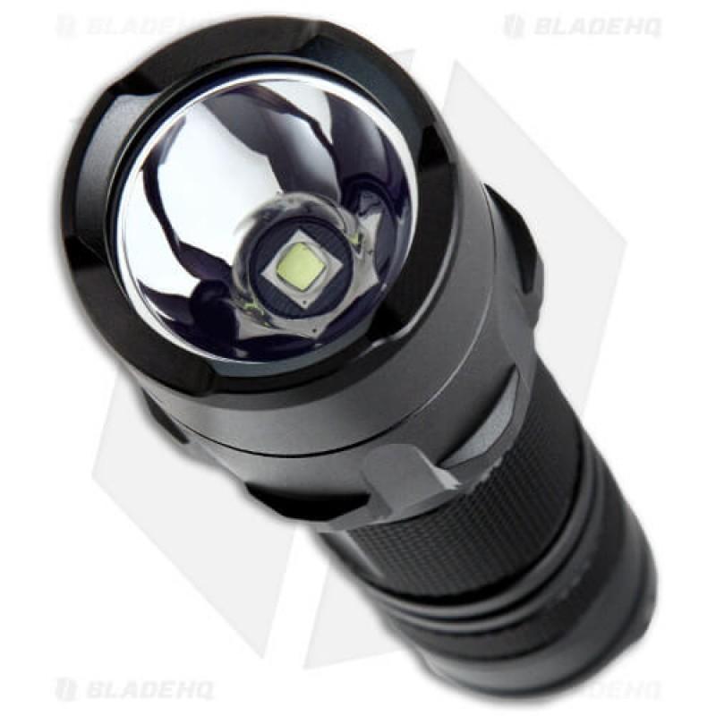 Фенер с осветление до 800 лумена Nitecore P20