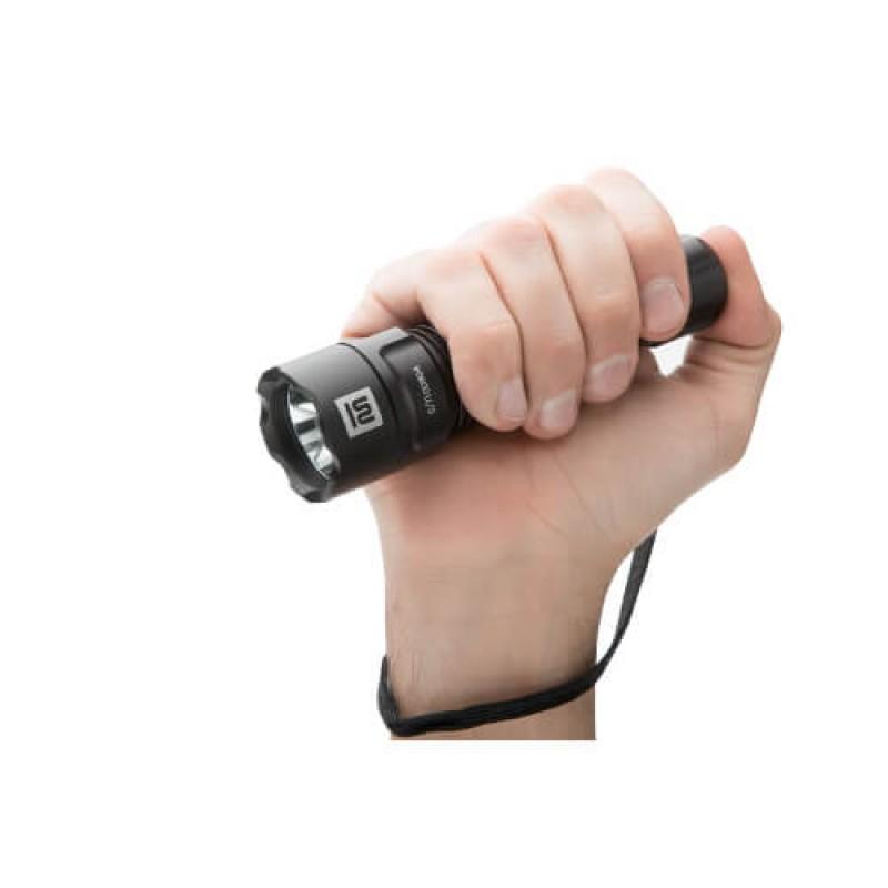 Зареждащ се Mactronic Black eye удароустойчив фенер 420lm